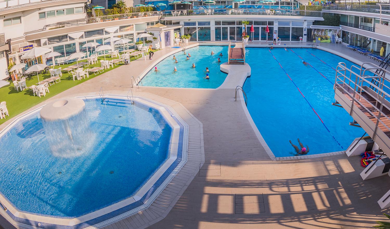 Abano Terme Piscina Comunale.Columbus Thermal Pool